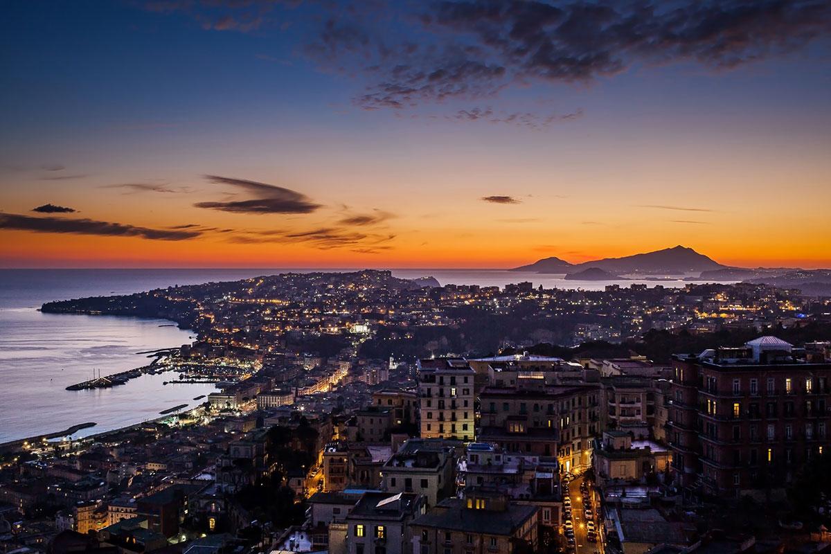 Una foto della città di Napoli